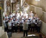 Männerchor in der Kirche