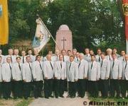 1998 - Am Kriegerdenkmal - 110 Jahre Männerchor Erdeborn e.V.